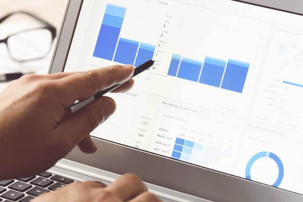 social media content calendar analytics